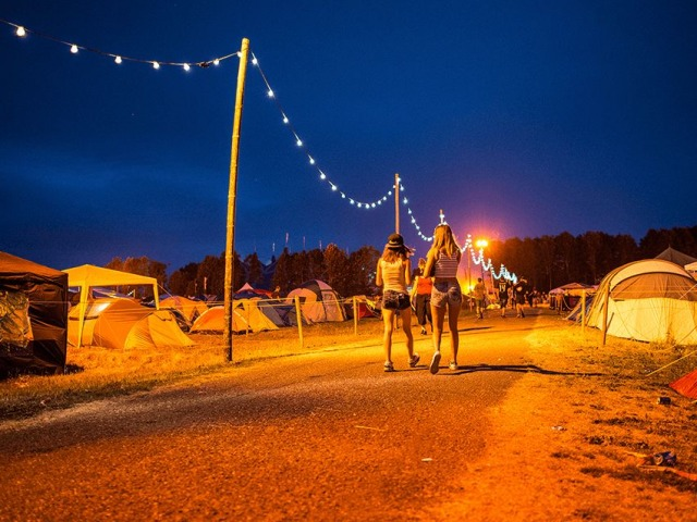 Comfort Camping vs Defqon 1 Camping Ground   Blogs